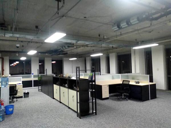 亦庄光机电基地的办公环境